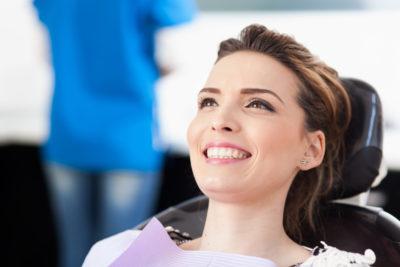 【黄ばみ除去】中津駅近くで「歯のクリーニング・歯石取り」を行っている歯医者さん